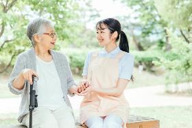 正看護師(有料老人ホームでの正看護師 日勤のみ 週5日)