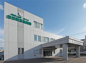 看護助手(東札幌駅~徒歩10分、週5日、二交代制、食事、入浴介助等)