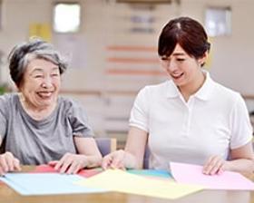 ヘルパー1級・2級(横浜市都筑区、有料老人ホーム、介護資格必須、週4~、車通勤可)