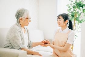 准看護師(大和市、介護付有料老人ホーム、9~18h、週5日、車通勤可♪)
