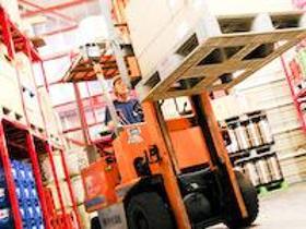 フォークリフト・玉掛け(フォークリフトのお仕事、搬入・運搬、倉庫内作業、要免許)