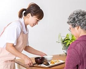 調理師(赤羽駅|介護施設の調理|無資格OK|車通勤可|日払いOK)