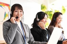 コールセンター・テレオペ(インターネット回線の案内業務/土日含む週5日/シフト制)
